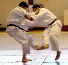 220px-Judo_foot_sweep_-_cropped